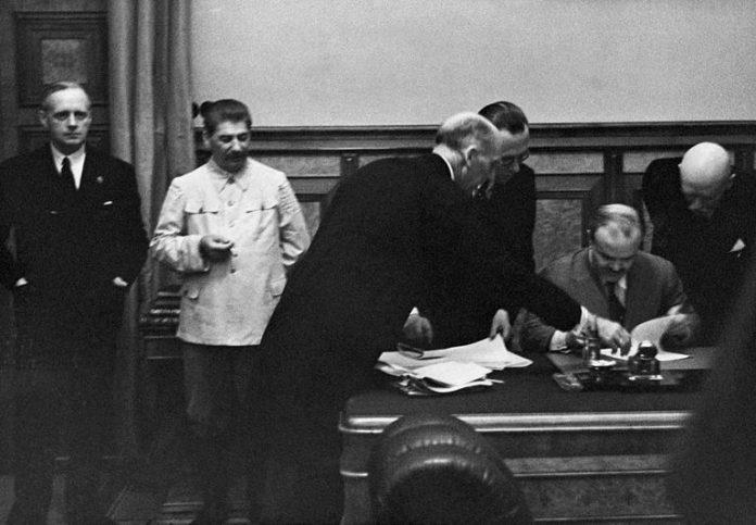 αφοπλισμός ΕΣΣΔ Β' Παγκόσμιος Πόλεμος ΒΠΠ - Στάλιν και Σταλινισμός