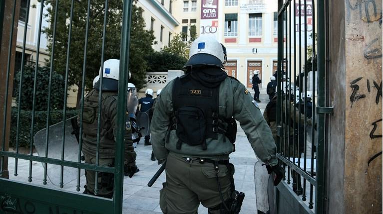 Ταξικοί φραγμοί και αστυνομοκρατία στα Πανεπιστήμια – Ενωτικός και συντονισμένος ξεσηκωμός!